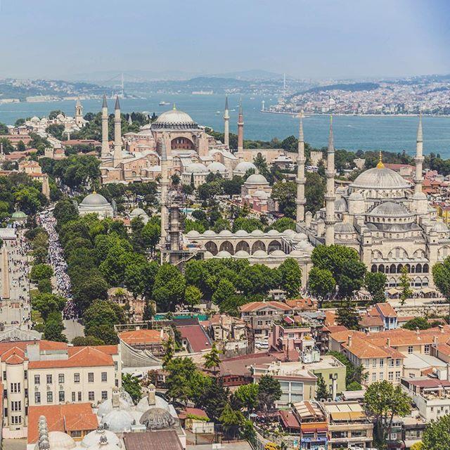İstanbul @tolgy75 /instagram