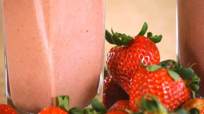 Grokker - Pretty in pink #smoothie #cooking #recipes