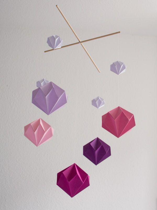 die besten 25 origami mobil ideen auf pinterest diy schmetterling schmetterlingsmobile und. Black Bedroom Furniture Sets. Home Design Ideas