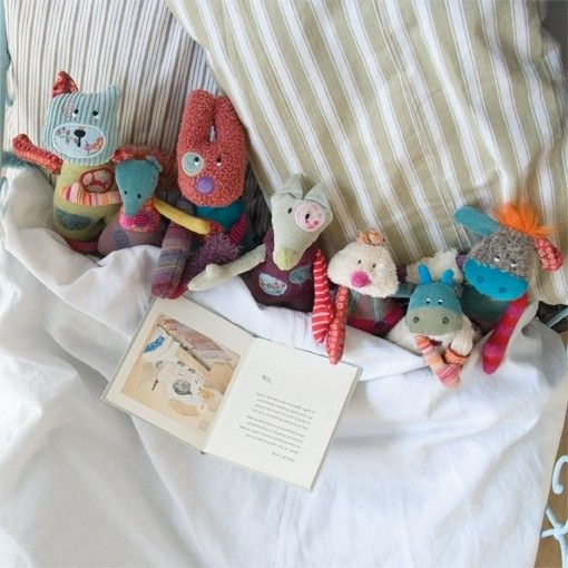 Moulin Roty- Distinctive Baby & Childrens Toys. SO CUTE!! I don't usually like stuffed animals, but I wouldn't mind if Fletch had a few of these!