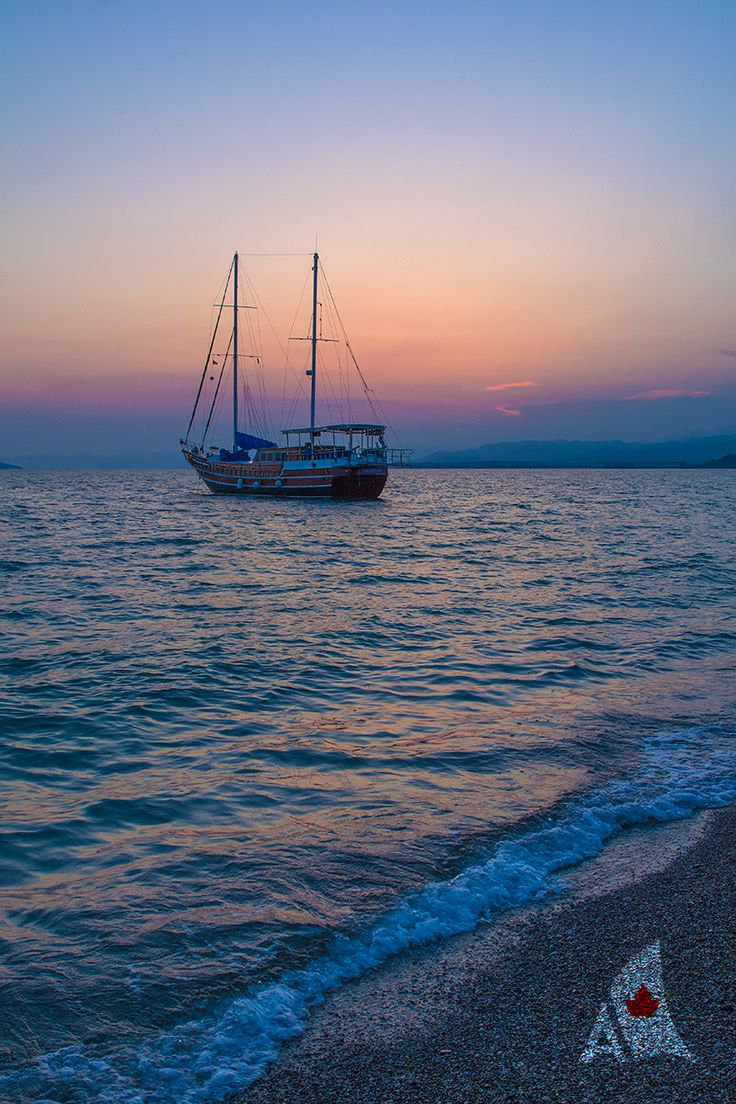 Do you dream of sailing the Mediterranean in comfort & style? Whether you're looking for a family-friendly vacation or an adults-only retreat...