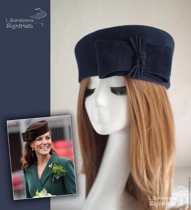 Купить ВСЯ КОРОЛЕВСКАЯ РАТЬ - тёмно-синий, синий шляпка, таблетка, королевский стиль, Кейт