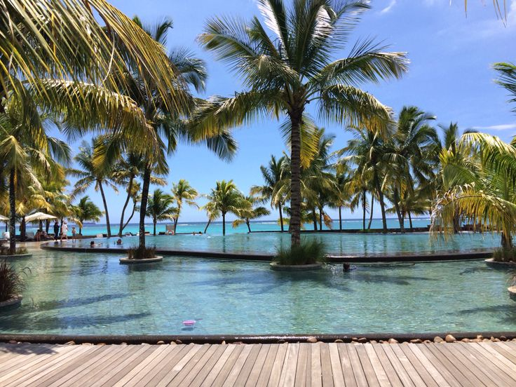 Beachcomber Trou aux Biches Mauritius infinity pool #bchotels