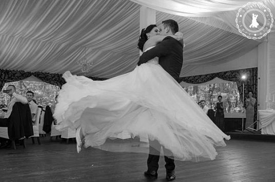 Camelia & Horatiu - Wedding Dance by www.FirstDanceStudio.ro