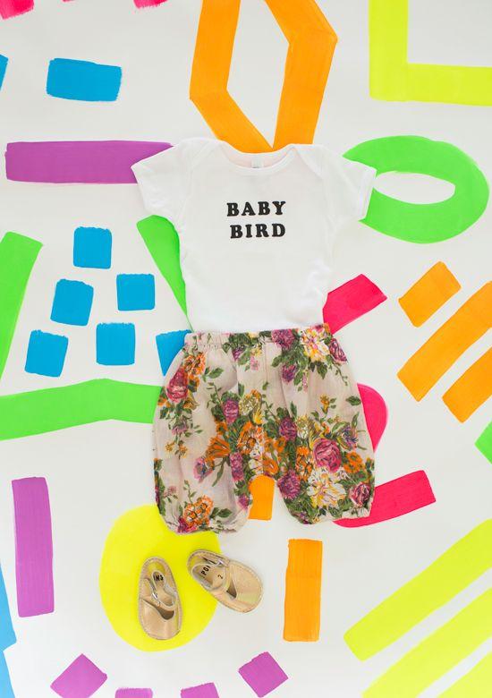 de baby / baby vogel liefde aankleden