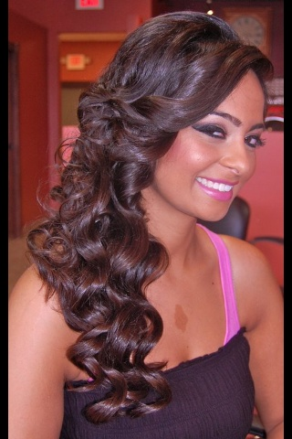 Side Swept Half Up Down Hair Do Beautiful And Makeup Cred Prom HairstylesHairstyles