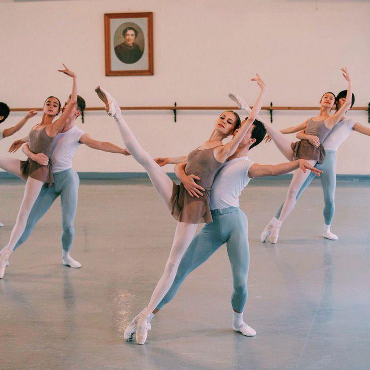 "lasylphidedubolchoi: ""Vaganova Ballet Academy Photo by ? """