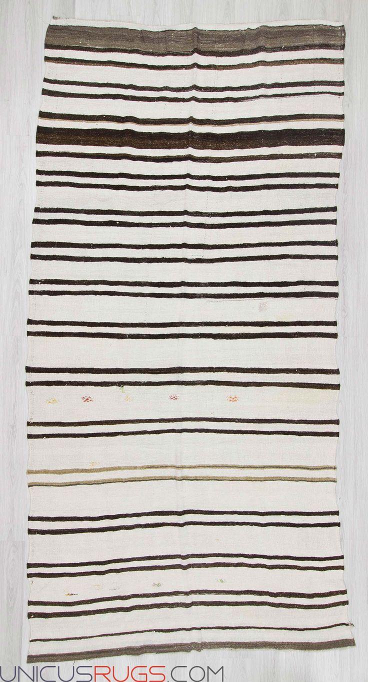 "Vintage hemp kilim rug from Yozgat region of Turkey.In good condition.Approximately 50-60 years old Width: 6' 0"" - Length: 12' 4"" Hemp Kilims"