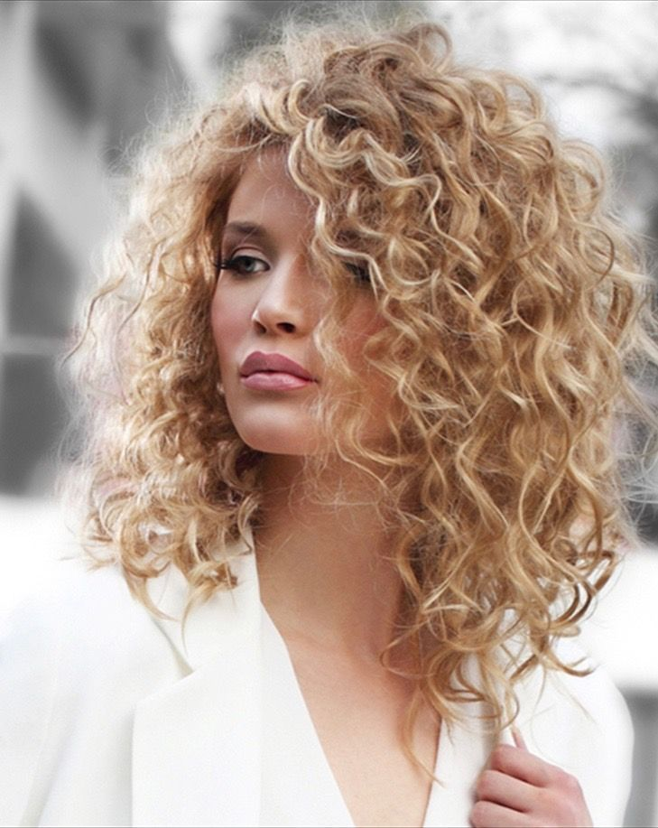 Think Your Hair Can T Be Tamed Think Again Frisuren Frisur