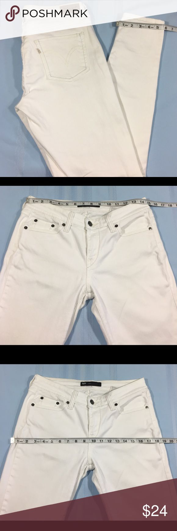LEVI'S Women Jeans Leggins SZ 29-30 Strech Skinny Excellent condition see pictures for more details and measures Levi's Jeans Skinny