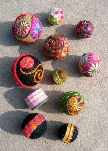 ♒ Enchanting Embroidery ♒ embroidered  felted beads