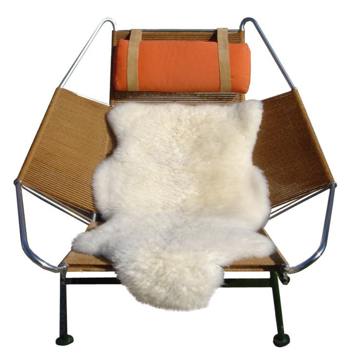 Hans Wegner Flag Halyard Lounge Chair