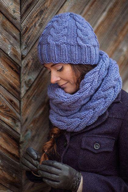 Комплект вязаный Лиловый сон. Шарф снуд вязанный, шапка с помпоном - комплект шапка и шарф