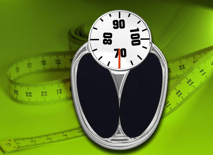 """Eines meiner ewigen Problemthemen ist mein Gewicht. Wie schon mal erwähnt, habe ich vor der Psychose 63Kg gewogen. Im ersten halben Jahr, in dem ich zwei verschiedene Medikamente """"ausprobiert"""" hatte, nahm ich ca. 30Kg zu! Zu Anfang wurde mir in der Klinik, in der ich mich 11 Tage aufhielt, Risperdal verschrieben. Da hier schon die Gewichtszunahme zu merken war und ich auch ziemliche Aufwachprobleme hatte, wurde ich von meiner derzeitigen Psychiaterin auf Seroquel umgestellt. Mit diesem…"""