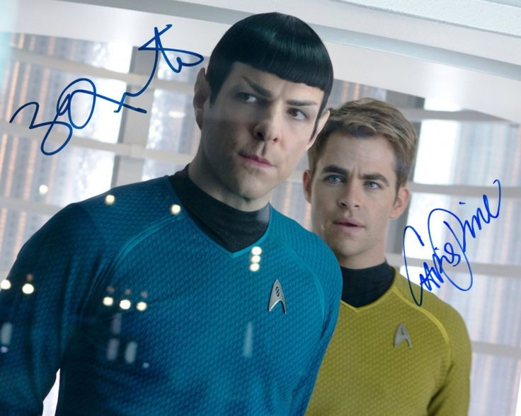 All-About-The-Star-Trek-2009-Cast-SIGNED-RP-cast-photo-Chris-Pine-&-Zachary-Quinto