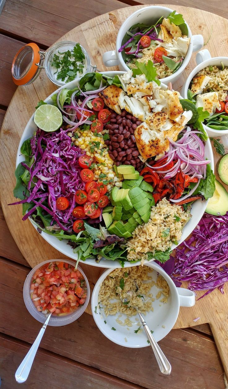 Clean Eating ~ Fish Taco Bowls ~ http://cleanfoodcrush.com/fish-taco-bowls/