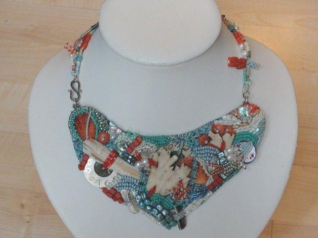 """Glasketten - Perlenstickerei - Glasperlencollier """"Coral... - ein Designerstück von Recycling-Art bei DaWanda"""