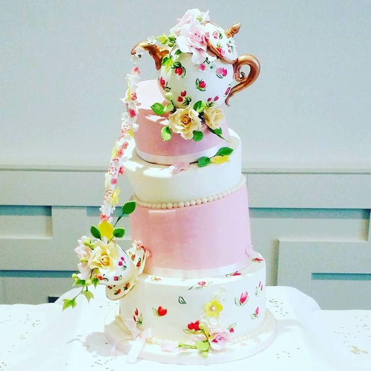 Teapot Vintage Wedding Cake