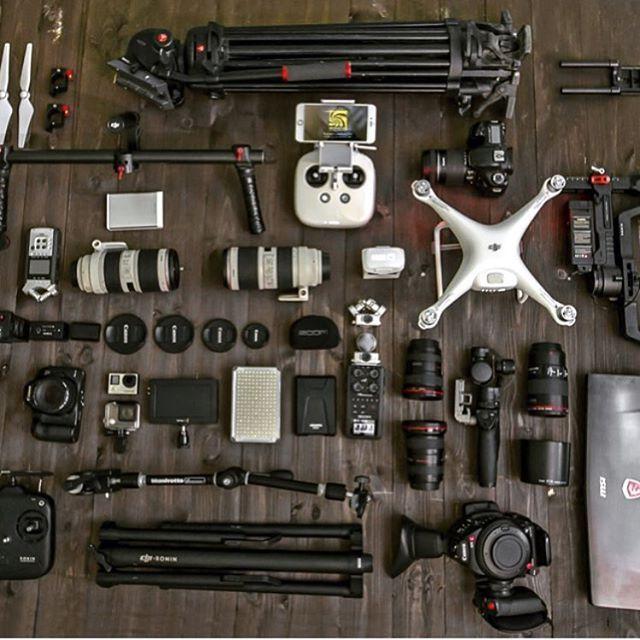 "674 Gostos, 1 Comentários - What's In Your Video Bag? (@myvideobag) no Instagram: ""Follow @moazlaban ・・・ ❤❤#intropic #gear #camera #dji #ronin #phantom4 #dslr_photography…"""