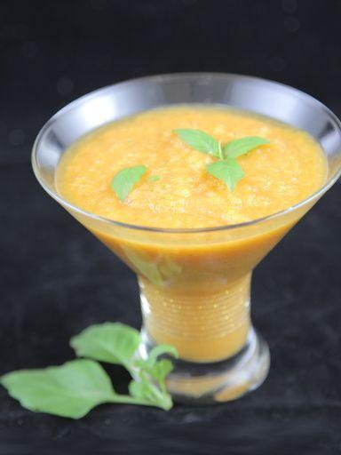 Soupe froide tomate melon : Recette de Soupe froide tomate melon - Marmiton