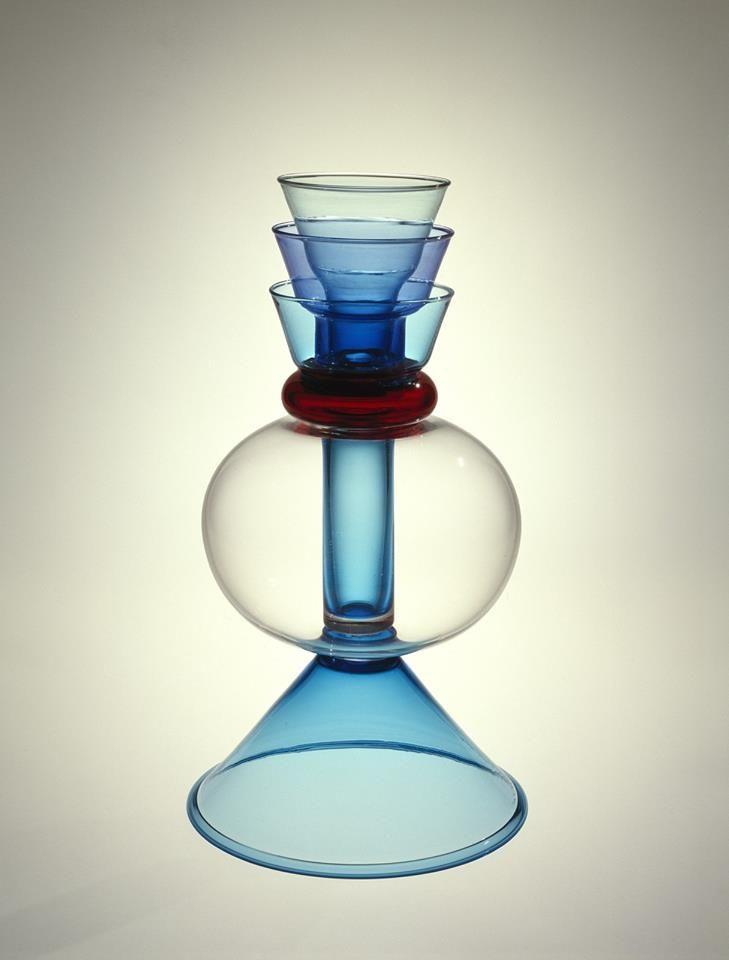 Another stunning piece by #Zanini  ALPHA CENTAURI Blown glass vase H. 37 cm Collection: MEMPHIS MILANO 1981-1988 Designer: MARCO ZANINI Year: 1982 #Blownglass #Vase #MemphisMilano
