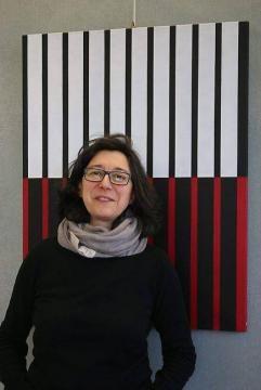 L'artiste Catherine Boitier appose sa touche colorée à travers son exposition.