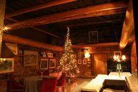 English Hunting Lodge Decorating Ideas | eHow