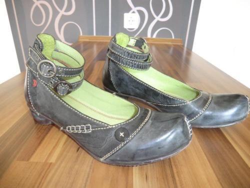 Tiggers Schuhe, Größe 37 in Blieskastel