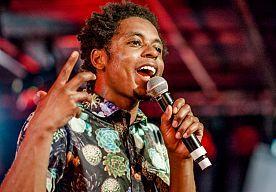 28-Apr-2015 22:21 - TYPHOON TREEDT IN DECEMBER OP IN DE HMH. Typhoon treedt op 11 december op in de Heineken Music Hall in Amsterdam. Dat heeft de zanger bij De Wereld Draait Door aangekondigd. ,,Het is een…...