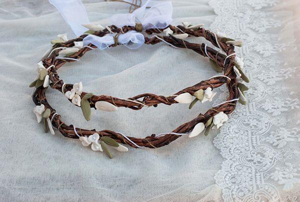 Ξυλινα στεφανα γαμου  See more on Love4Weddings  http://www.love4weddings.gr/stefana-gamou-enamel/    #weddingwreaths #stefana #weddingcrown