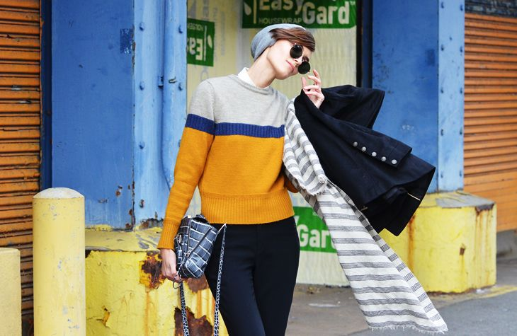 Cutest sweater. Yes please!: Fashion Advice, Tommyton, Blue, Color, Street Style, Casual, Outfit, Colour Blocks, Tommy Ton