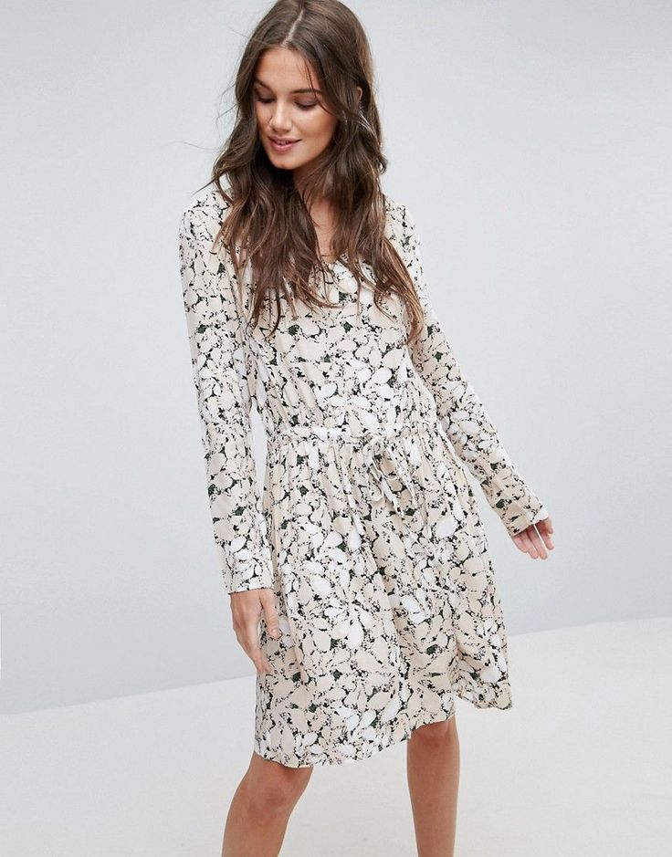 Buy it now. Y.A.S Blossom Print Tea Dress - Multi. Casual dress by Y.A.S., Smooth woven fabric, All-over print, V-neck, Long sleeves, Tie-waist closure, Regular fit - true to size, Machine wash, 100% Polyester, Our model wears a UK S/EU S/US XS and is 178cm/5'10 tall. ABOUT Y.A.S. Putting a clean twist on everyday essentials, Danish label Y.A.S. packs its understated-cool style into dresses, premium leather and tailored pieces. Think minimalist designs paired with a contemporary colour…