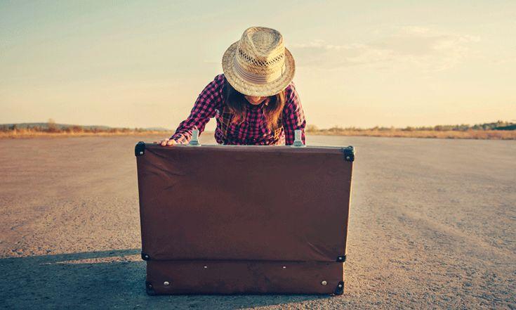 Je wilt op vakantie of tijdens een weekendje weg heel graag je mooie zijden blouse of je linnen broek dragen, maar zie je favoriete kledingstuk maar eens kreukvrij uit de koffer te krijgen. Met deze tip kan het bijna niet misgaan. Als je op vakantie gaat, heb je genoeg andere dingen aan je hoofd dan…