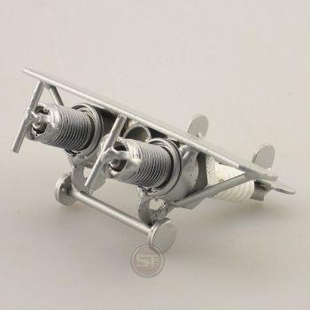 Schraubenmännchen Flugzeug Mini Doppelrumpf