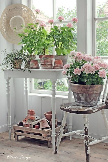 Best 25+ Shabby chic cottage ideas on Pinterest | Vintage ...