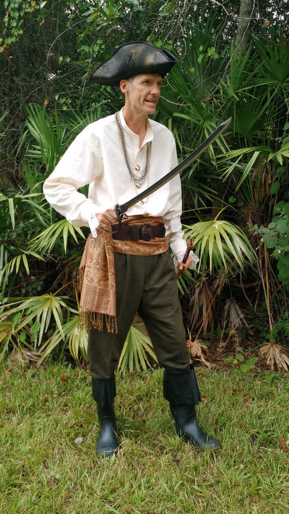 Sail the seven seas in this full adult men's pirate costume! Be the swashbuckling rogue and a seafaring adventurer you've always dreamed of!