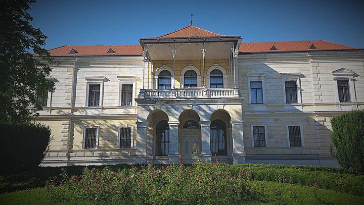 Vranyczany-Dobrinović Castle #travel #visit #croatia #castle #zagrebcounty #tzzz