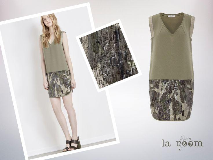 Saca tu lado army mas chic #militarydress #vestidos  #laroomterrassa #deventa www.facebook.com/...