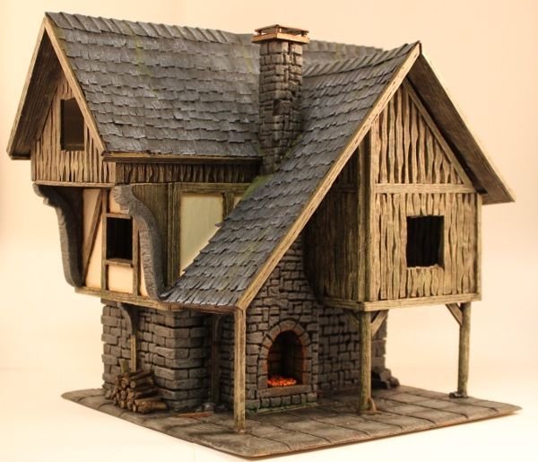 It`s quite liberating to finally show the finished houses because it means new and completely different terrain projects for me. Hence let`s continue on to the Smiths house. If you missed the Merch…