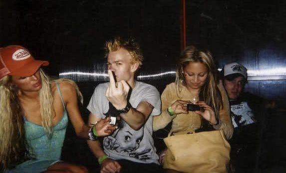"""Paris Hilton, Nicole Richie, & Deryck Whibley. Early 2000's, #VonDutch"""