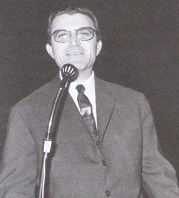 """Γιώργος Οικονομίδης. (1916-1985) . ''Φίλοι μου αγαπημένοι"""". Κονφερανσιέ-Εκφωνητής Ραδιοφώνου-Σεναριογράφος-Τραγουδιστής)."""