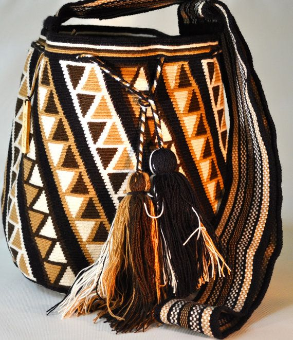 Mochilas Wayuu Original. They are one of a kind от WayuuOriginal