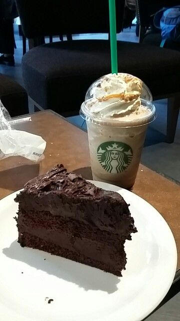 Starbucks - Caramell frappuchino - schokoladenkuchen