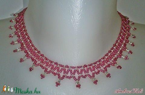 Rózsaszínű - Ezüst fűzött gyöngy nyaklánc (AmbrusValeria) - Meska.hu