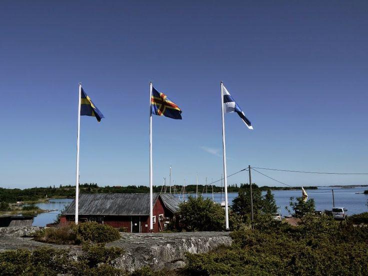 Kökar Sandvik guest harbour #flags: #Sweden, #Åland and #Finland!