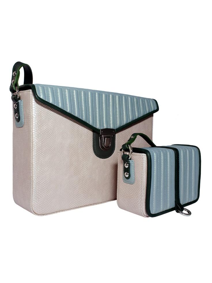 "Laptop ""box"" bag (900 zł) + little ""box"" bag (590 zł), www.goshicoid.com"