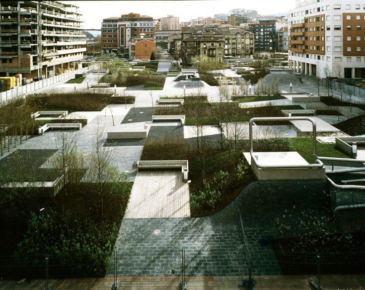 Plaza Del Desierto by Eduardo Arroyo /NO.MAD