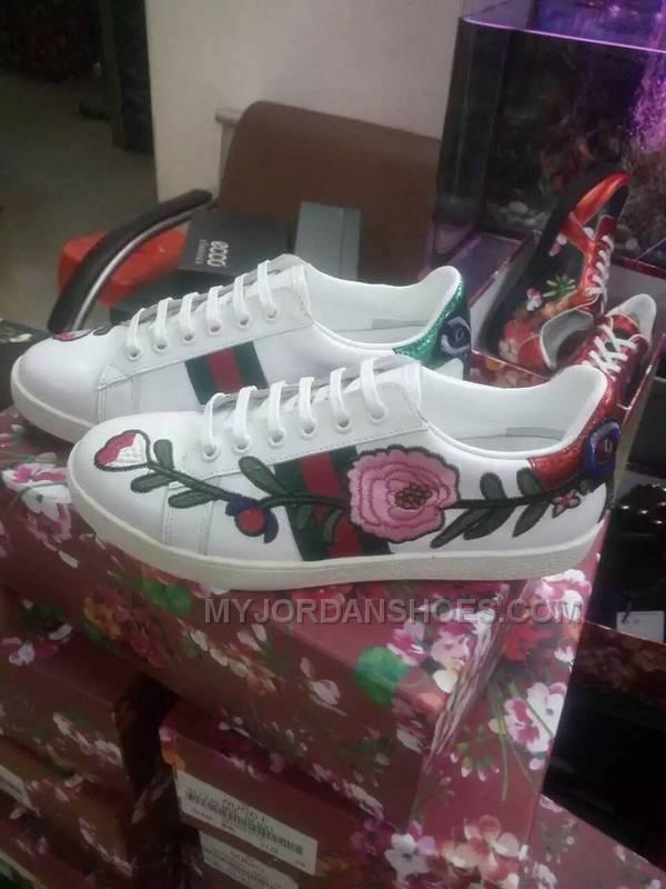 http://www.myjordanshoes.com/gucci-women-shoes-flowers-size-3540.html Only$88.00 GUCCI WOMEN #SHOES FLOWERS SIZE 35-40 Free Shipping!