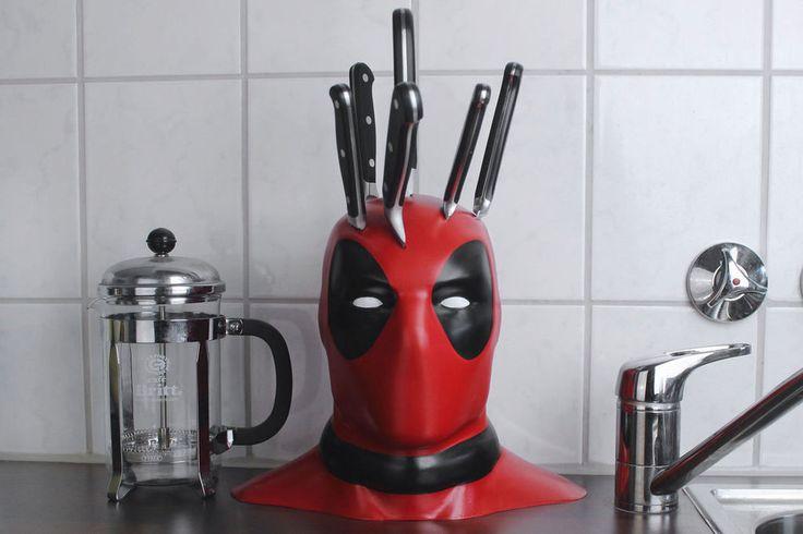 Deadpool v kuchyni: Geniální držák na nože