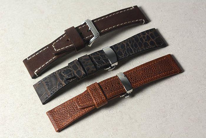 Комплект часовых ремешков к марьяжным часам. Размер 75\115 мм, 24\24 мм. Толщина 5 мм. Шитье вручную седельным швом, вощеной нитью.